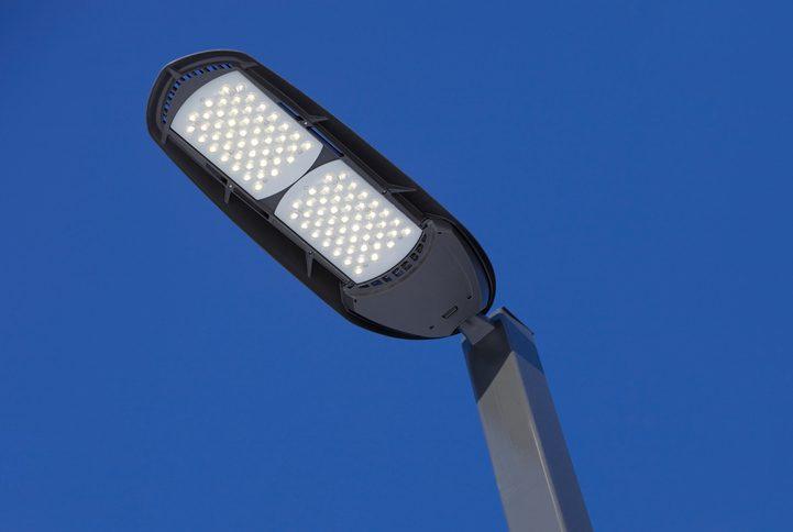 4 Benefits of LED Parking Lot Lighting